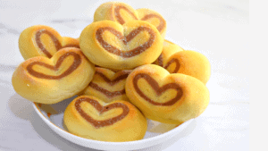 Heart Dinner Rolls / Heart shaped Dinner rolls