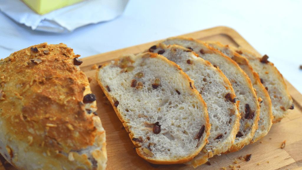 No Knead Bread Cranberry Walnut Dutch Oven Bread Merryboosters