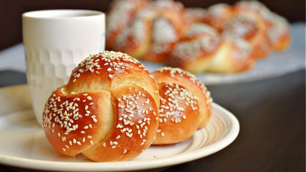 challah dinner rolls